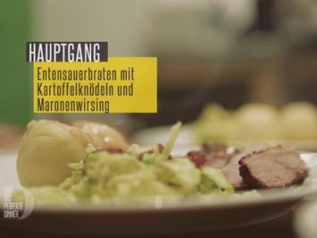 Entensauerbraten mit Kartoffelknödeln und Maronenwirsing - Rezept - Bild Nr. 2