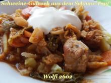 > Schwein < Gulasch im Eisentopf geschmort - Rezept - Bild Nr. 5214