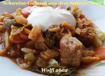Rezept: > Schwein < Gulasch im Eisentopf geschmort
