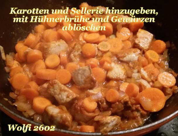 > Schwein < Gulasch im Eisentopf geschmort - Rezept - Bild Nr. 5216