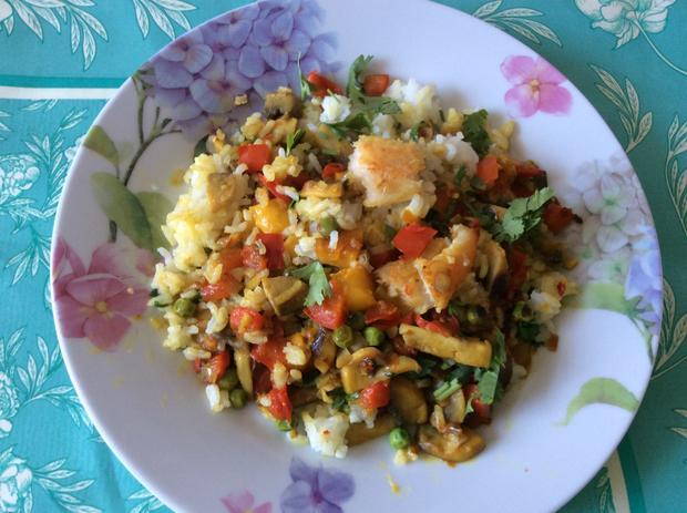 Reispfanne, leicht scharf, anglo-indisch, inspiriert vom Rezept Kedgeree - Rezept - Bild Nr. 5270
