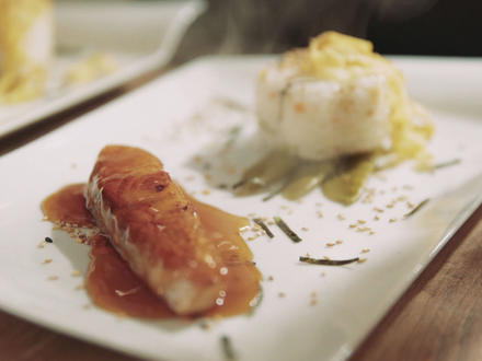Lachs-Teriyaki an Chirashi-Sushi - Rezept - Bild Nr. 2