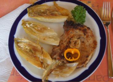 Kotelett mit pikant gebratenen Chicoree - Rezept - Bild Nr. 5282