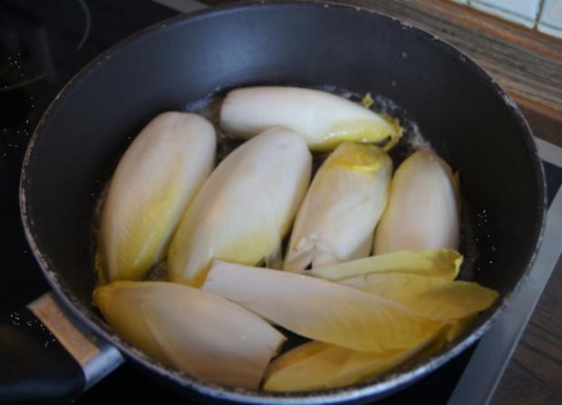 Kotelett mit pikant gebratenen Chicoree - Rezept - Bild Nr. 5288