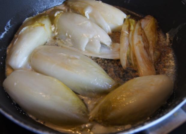Kotelett mit pikant gebratenen Chicoree - Rezept - Bild Nr. 5289