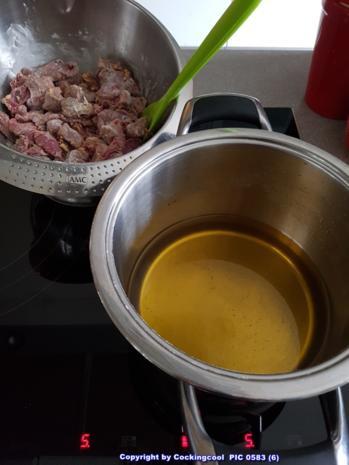 Fleisch / Rind = Rindergulasch ohne Röstaromen  à la Biggi - Rezept - Bild Nr. 5357