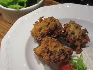 Gemüse: Weißkrautkrapfen mit Knoblauch-Schmand-Dip - Rezept - Bild Nr. 5311