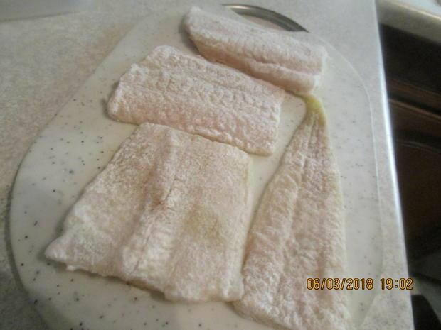 Steinbeißer Filet mit kalter Paprikasauce und Zucchinigemüse - Rezept - Bild Nr. 5384