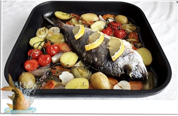 Gebackene Dorade aus dem Ofen, im Gemüsebett - Rezept - Bild Nr. 5352