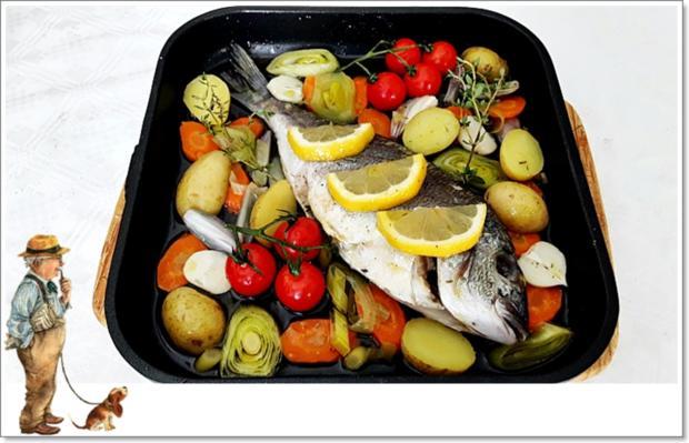 Gebackene Dorade aus dem Ofen, im Gemüsebett - Rezept - Bild Nr. 5363