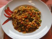 Gebratener Reis mit Gemüse, Ei und Hähnchenfleisch - Rezept - Bild Nr. 5396