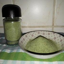 Rezept: Aromatisches Kräutersalz - universal einsetzbar