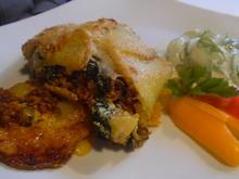 Kartoffel-Hackfleisch-Rolle mit Gurkensalat - Rezept - Bild Nr. 5422