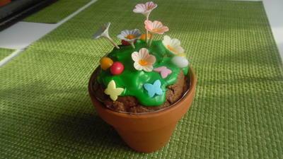 Blumentopf-Küchlein mit Pistazien und Mandeln - Rezept - Bild Nr. 5448