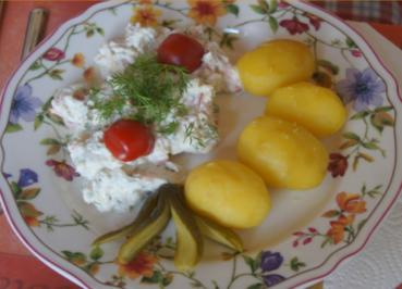 Rezept: Räucherlachs-Quark mit Pellkartoffeln
