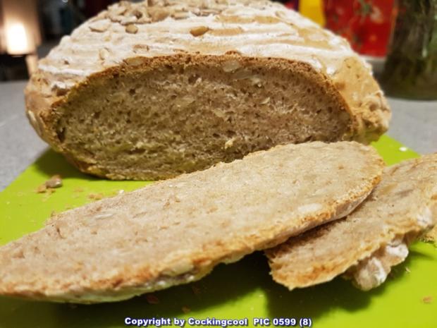 Roggenmischbrot ohne Sauerteig aber mit Buttermilch - Rezept - Bild Nr. 9