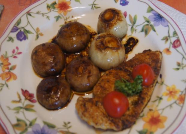 Hähnchen-Minutensteak mit Zwiebeln und Champignons - Rezept - Bild Nr. 5515