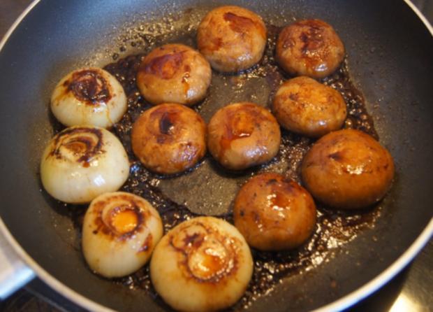 Hähnchen-Minutensteak mit Zwiebeln und Champignons - Rezept - Bild Nr. 5520