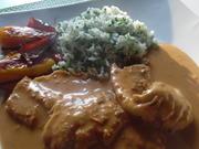 Forellen-Filets in Tomaten-Rahm-Soße gegart mit Petersilien-Reis - Rezept - Bild Nr. 5529