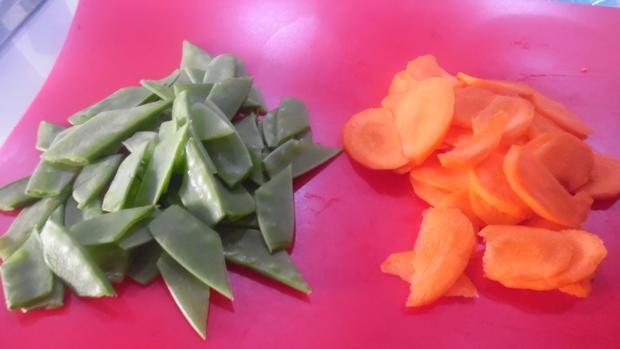 Kalbsmedaillons mit Gorgonzola-Soße, Cavatelli und Gemüsebeilage - Rezept - Bild Nr. 5540