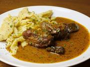 Butterzarte Schweinebäckchen in Dunkelbiersoße - Rezept - Bild Nr. 5574