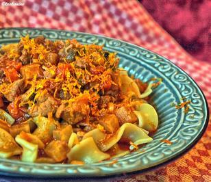Feueriges Schweinefleisch-Gemüse-Sugo mit Pasta - Rezept - Bild Nr. 5583