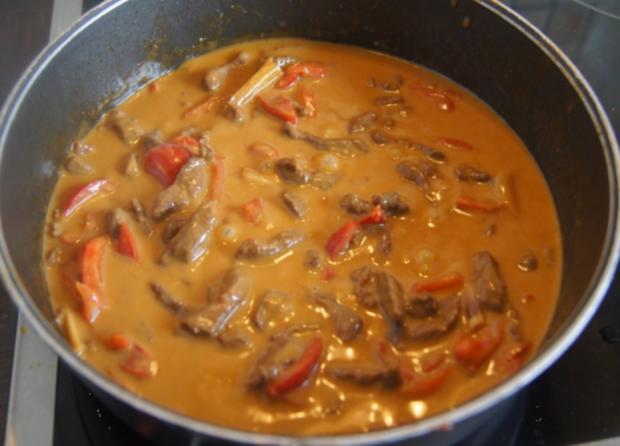 Rindfleischcurry mit Zitronengras und Basmati Reis - Rezept - Bild Nr. 5619