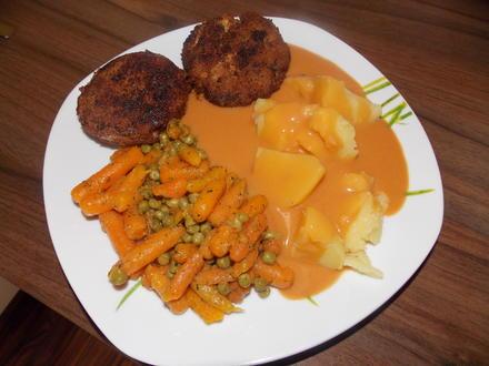 Bratklops mit Mischgemüse,Salzkartoffeln und Soße - Rezept - Bild Nr. 5606