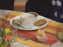 Café Gourmand: Macaron Pistache, Fondant Chocolat & Tarte Tatin - Rezept - Bild Nr. 2