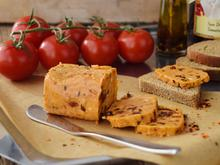 Fladenbrot mit Öhmchens Tomatenbutter - Rezept - Bild Nr. 2