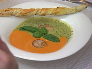 Paprika trifft Rucola: 2-farbiges Cremesüppchen mit gebratenen Jakobsmuscheln - Rezept - Bild Nr. 2