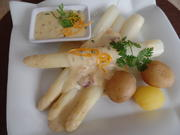 Spargel mit Orangen-Kerbel-Sauce - Rezept - Bild Nr. 5635