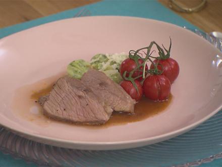 Kalbstafelspitz Sous-vide auf Bärlauchgnocchi, geschmolzenen Tomaten und Kalbsjus - Rezept - Bild Nr. 2