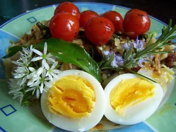 Rezept: Illustrer Salat mit warmer Tomate