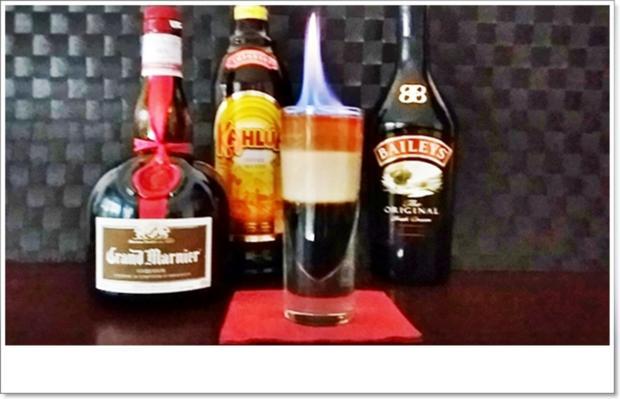 """""""B-52  SHOT"""" ➯ Drink  mit horizontaler Schichtung - Rezept - Bild Nr. 5664"""