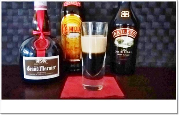 """""""B-52  SHOT"""" ➯ Drink  mit horizontaler Schichtung - Rezept - Bild Nr. 5668"""