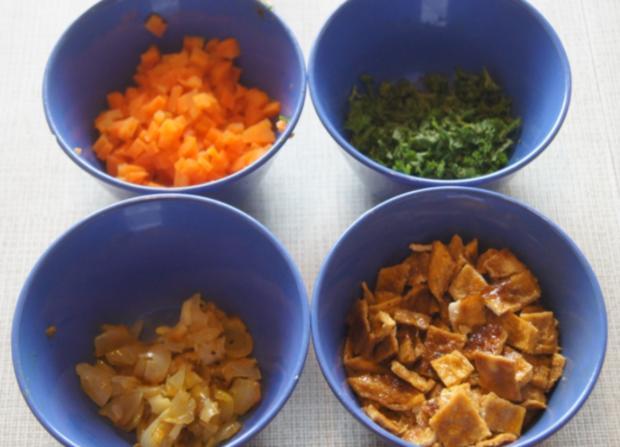 Würstchen-Gemüse-Spieße mit Eier-Gemüse-Bratreis und Erdnusssauce - Rezept - Bild Nr. 5689