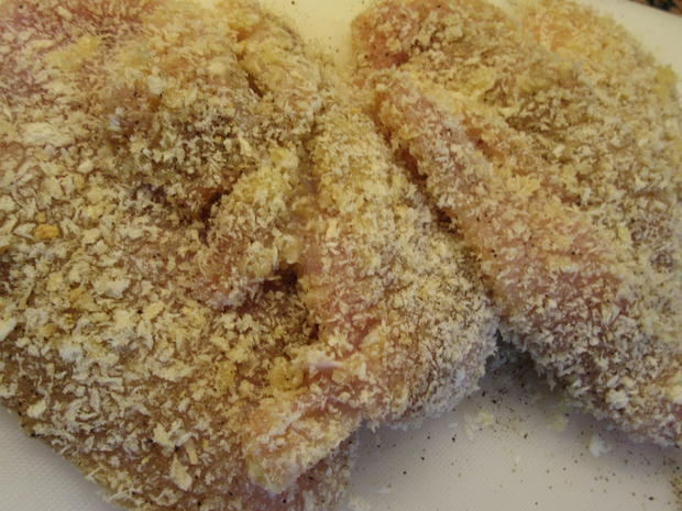 Geflügel: Hühnerschnitzel in Butterpanade - Rezept - Bild Nr. 5701
