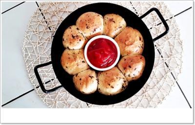 Party- Bällchen aus dem Ofen und BBQ Sauce dazu - Rezept - Bild Nr. 5698