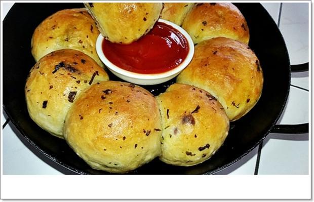 Party- Bällchen aus dem Ofen und BBQ Sauce dazu - Rezept - Bild Nr. 5699
