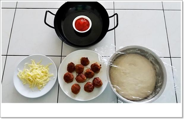 Party- Bällchen aus dem Ofen und BBQ Sauce dazu - Rezept - Bild Nr. 5703