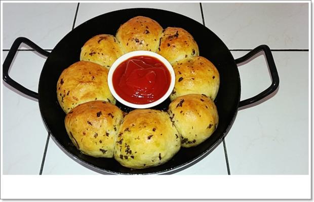 Party- Bällchen aus dem Ofen und BBQ Sauce dazu - Rezept - Bild Nr. 5713