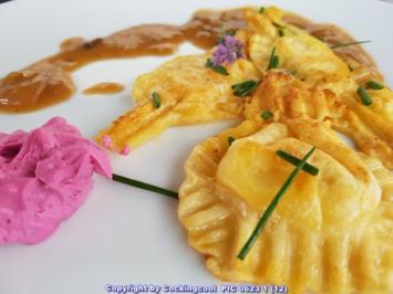 Ravioli gefüllt mit Rote Bete Meerettichcreme - Rezept - Bild Nr. 5752