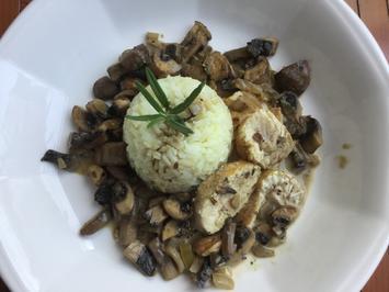Hähnchenbrust an braunen Curry-Champignons - Rezept - Bild Nr. 5751