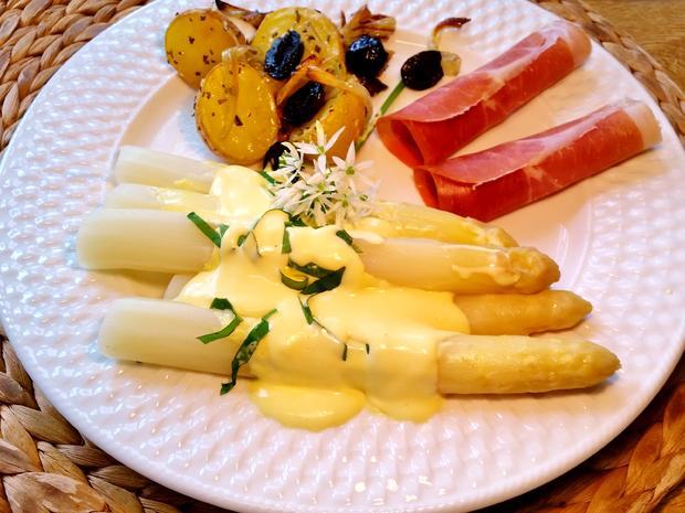 Ofen-Kartoffeln mit Rosmarin und Zwiebeln - Rezept - Bild Nr. 5763