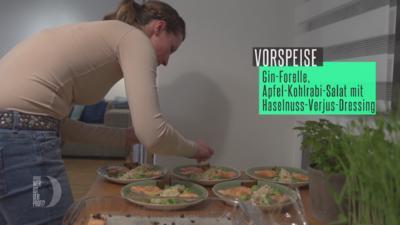Sanft gegarte Gin-Forelle mit Apfel-Kohlrabi-Salat, Emmer-Krachelscher und grüner Creme - Rezept - Bild Nr. 2