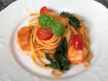 Linguini in Tomaten-Lachssauce mit Spinat und Basilikum - Rezept - Bild Nr. 2