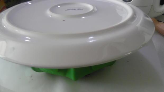 Schoko-Guglhupf mit Füllung - Rezept - Bild Nr. 5811