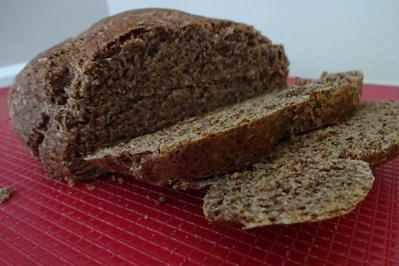 Rezept: Brot/Brötchen: Dinkel-Kräuterbrot mit Leinsamen