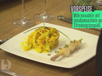 Möhrennudeln Kurkuma mit Jakobsmuscheln am Zitronengrasspieß - Rezept - Bild Nr. 2
